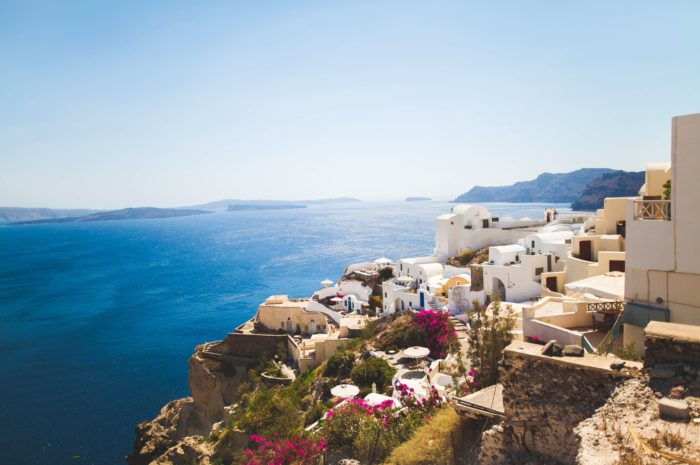 Solo on Santorini with romance in the air